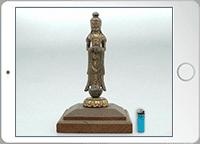仏像の全体を撮影