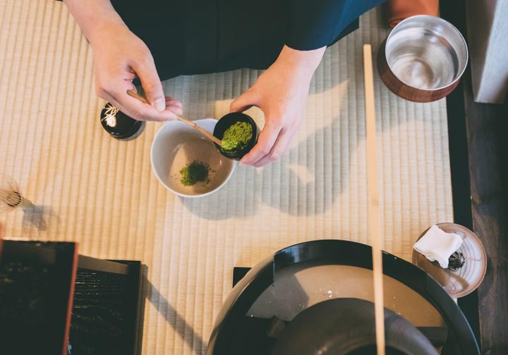 茶道における建水の役割
