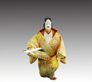 白水八郎作品の博多人形